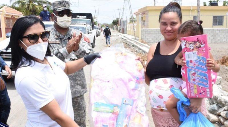 ADEOARD, realizó una Amplia Acción Cívica, en la comunidad de Salinas, provincia Peravia