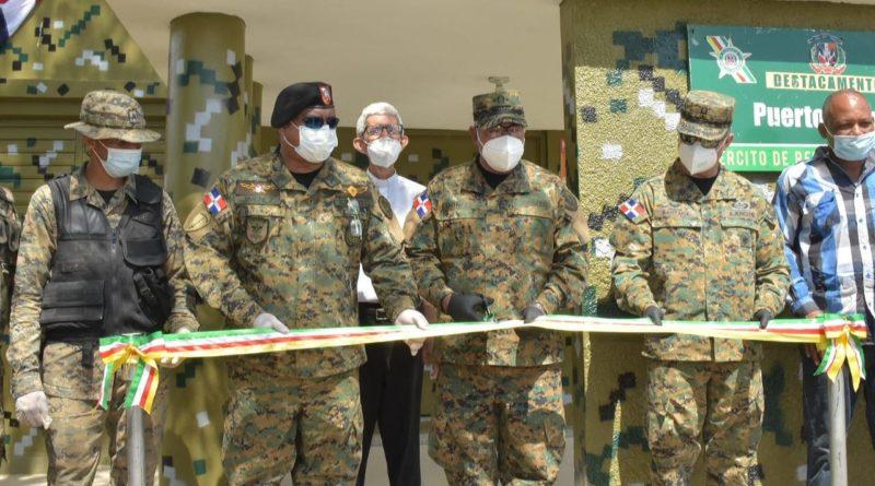 Comandante Gral. del ERD inaugura Destacamento Militar en Montecristi y realiza recorrido de fin de semana en la frontera norte