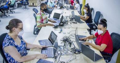 JCE inicia clonado de 9 mil laptops que entregará al MINERD para el programa de educación a distancia y virtual